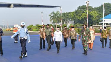 Wakil Presiden (Wapres) Ma'ruf Amin bertolak ke Tasikmalaya Jawa Barat pagi ini, Selasa (8/6/2021). Ma'ruf akan menghadiri Rembuk Nasional Vokasi dan Kewirausahaan Balai Latihan Kerja (BLK) Komunitas Tahun 2020.