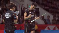Tontowi Ahmad /Liliyana Natsir berhasil melaju ke semifinal usai kalahkan pasangan China, Zhang Nan/Liu Xuanxuan pada perempatfinal Daihatsu Indonesia Master 2018 di Istora Senayan, Kamis (26/1/2018). Tontowi/Liliyana menang 21-18 21-19. (Bola.com/Nick Ha