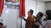 Ketua DPD RI Irman Gusman meresmikan Poliklinik DPD RI di Gedung DPD RI, Senayan, Jakarta, Kamis (22/01/2015). (Liputan6.com/Andrian M Tunay)