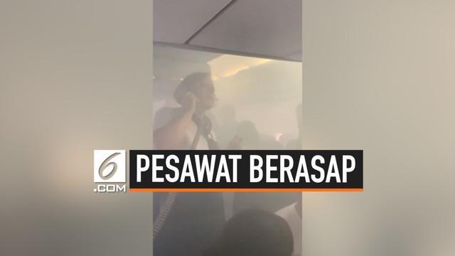 Seluruh penumpang pesawat British Airways BA 442 dievakuasi di Bandara Valencia, Spanyol. Evakuasi dilakukan karena asap memenuhi kabin pesawat beberapa menit sebelum mendarat.