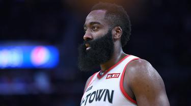 Bintang Houston Rockets, James Harden, terus menunjukan performa luar biasa pada NBA musim 2019/2020 dengan mencetak banyak poin. (AFP/Getty images/Thearon W. Henderson)