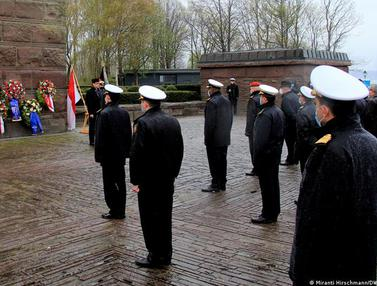 Angkatan Laut Jerman Gelar Upacara Penghormatan Awak KRI Nanggala-402