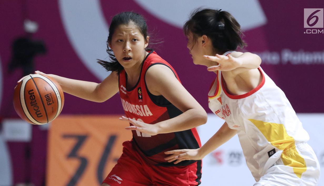 FOTO Perempat Final Basket Putri Indonesia Dicukur China
