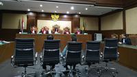 Sidang vonis dua hakim Pengadilan Negeri Jakarta Selatan, Iswahyu Widodo dan Irwan, di Pengadilan Tipikor, Kamis (11/7/2019). (Merdeka.com/Yunita Amalia)