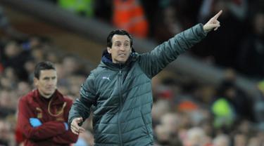 Firmino Hattrick, Liverpool Permalukan Arsenal  5-1 di Anfield