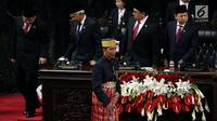 Presiden Jokowi Usai menyampaikan Pidato pada Sidang Tahunan  DPR/DPD di kompleks Parlemen Senayan, Jakarta, Rabu (16/8) Sidang mendengarkan Pidato kenegaraan  Jokowi menyambut HUT ke-72 Kemerdekaan RI. (Liputan6.com/ Johan Tallo)