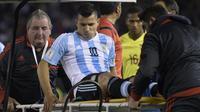 Nasib nahas dialami Sergio Aguero yang mengalami cedera saat membela tim nasional Argentina dalam laga kontra Ekuador.