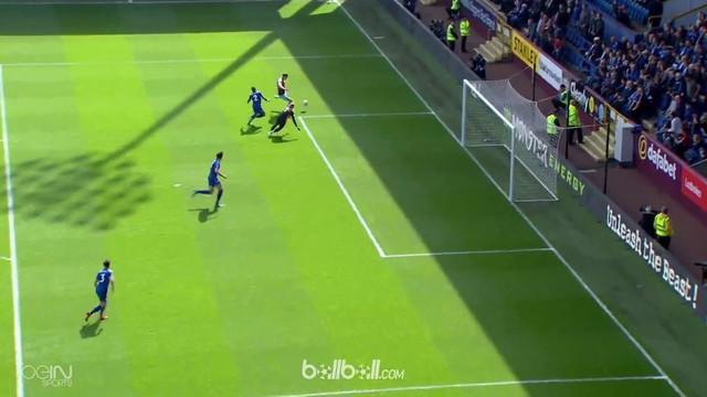Burnley sukses menang tipis 2-1 atas Leicester City dalam pertandingan lanjutan Liga Inggris, Sabtu (14/4). Hanya butuh enam menit...