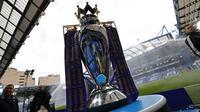 Trofi Premier League (AFP/Adrian Dennis)