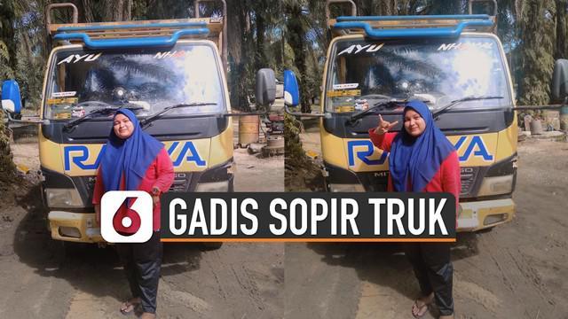 Beredar video seorang gadis SMK menjadi sopir truk untuk bantu keluarga. Hal itu terjadi karena gadis itu menggantikan pekerjaan ayahnya yang sempat terkena musibah kecelakaan.