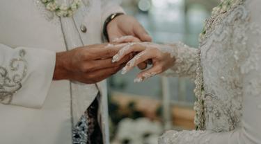 ilustrasi pernikahan di Probolinggo