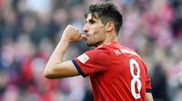 2. Javi Martinez - Gelandang bertahan milik Bayern Muenchen ini pernah menjalin kerja sama dengan Luis Milla. Saat itu mereka berhasil memboyong gelar juara Piala Eropa U-21 pada 2011. (AFP/Christof Stache)