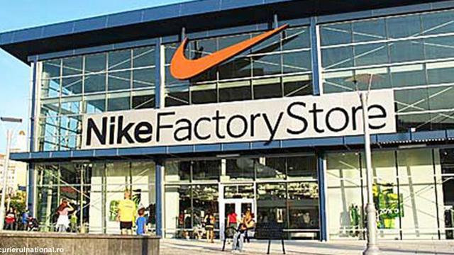 Nike Jadikan RI Basis Produksi Nomor Wahid di Dunia - Bisnis ...
