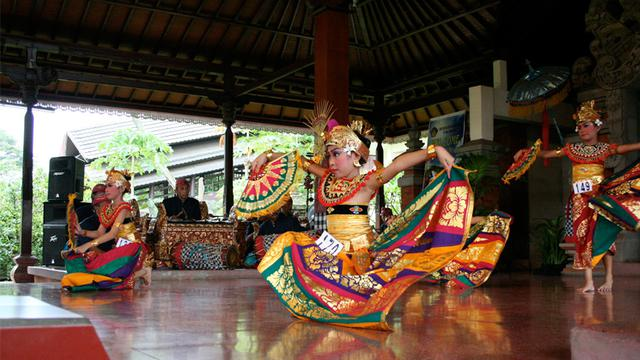 Sanggar Tari Bulungan Mengajarkan Tari Melestarikan Budaya