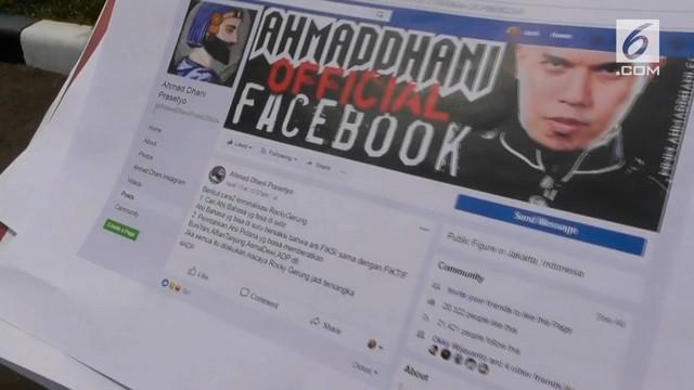 Ahmad Dhani dilaporkan lagi ke polisi atas dugaan penyebaran fitnah dan penghasutan di media sosial. Dhani mengunggah beberapa komentar terkait kasus Rocky Gerung.