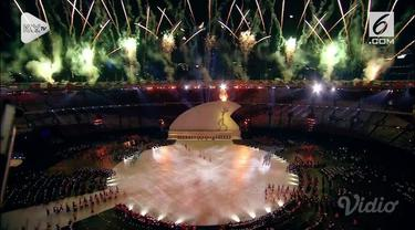 Atlet peraih lima emas Asian Para Games, Jendi Panggabean, dipercaya menyalakan obor tanda dimulainya Asian Para Games 2018.