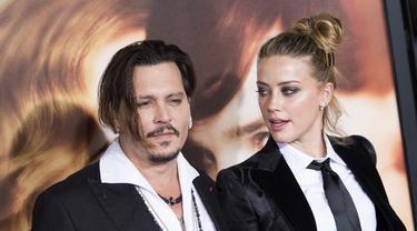 Johnny Depp Sebut Amber Heard Selingkuh Dengan Elon Musk Setelah Menikah News Entertainment Fimela Com