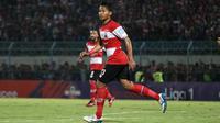 Bek muda Madura United, Kadek Raditya Maheswara. (Bola.com/Aditya Wany)