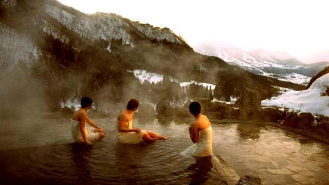 Berendam Air Panas Di Onsen Jadi Rahasia Panjang Umur Dan Sehat Orang Jepang Global Liputan6 Com