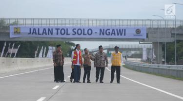 Jokowi Resmikan Tol Sragen-Ngawi