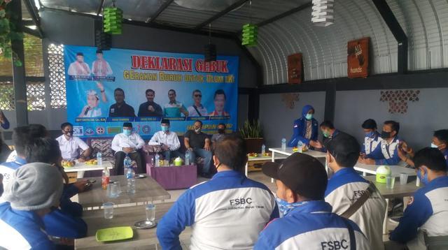 Buruh Bertemu Dengan Paslon Nasrul Ulum-Eki Baihaki. (Minggu,18/10/2020). (Dokumentasi Demokrat Banten)