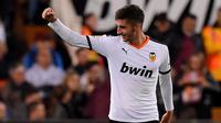 5. Ferran Torres (Valencia) - Ferran Torres sudah bermain sebanyak 1.916 menit bersama Valencia pada musim ini.(AFP/Jose Jordan)