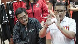 Sekretaris TKN Jokowi-Ma'ruf, Hasto Kristiyanto memberi keterangan saat jumpa pers di Jakarta, Selasa (29/1). Hasto berharap, Liliyana, bisa memberikan keteladanan bagi seluruh rakyat Indonesia. (Liputan6.com/Faizal Fanani)