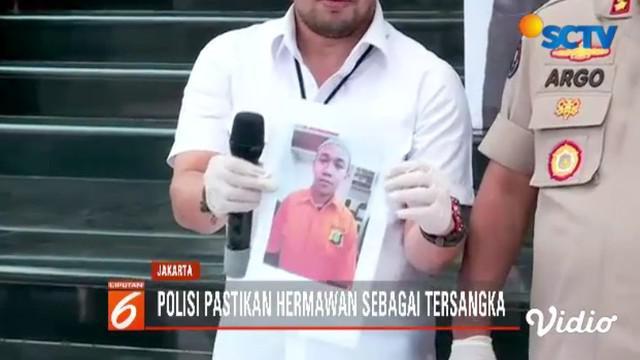 Polda Metro Jaya tetapkan pria viral pengancam penggal kepala Jokowi menjadi tersangka.