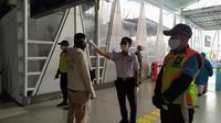 Stasiun Bogor terpantau sepi penumpang, Senin (20/4/2020). Kondisi ini merupakan imbas penerapan PSBB terkait corona Covid-19 di wilayah Jabodetabek. (Achmad Sudarno/Liputan6.com)
