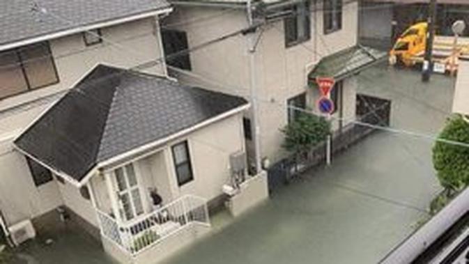 Potret Banjir di Jepang Akibat Topan Hagibis, Bersih dan Bebas Sampah. (Sumber: Twitter/@kii_xs)