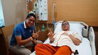 Cawapres Sandiaga menjenguk Zulkifli Hasan di MMC Jakarta.