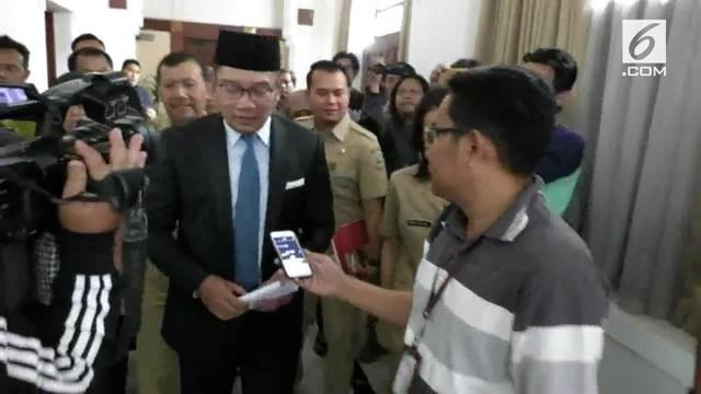 Gubernur Jabar Ridwan Kamil mengaku malu atas tewasnya suporter Persija (Jakmania) akibat penganiayaan Bobotoh