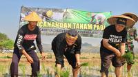 Sejak Oktober 2018, Pemkab Purwakarta sudah memperketat izin alih fungsi lahan, terutama di lahan sawah abadi.