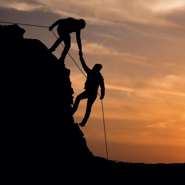 30 Kata Kata Romantis Pendaki Gunung Manis Penuh Cinta Hot