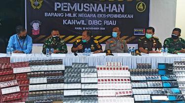 Barang bukti rokok ilegal hasil tangkapan Bea Cukai Riau beberapa waktu lalu.