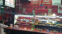 Nasi Kapau Uni Upik di kawasan Senen, Jakarta Pusat. (Liputan6.com/Henry)