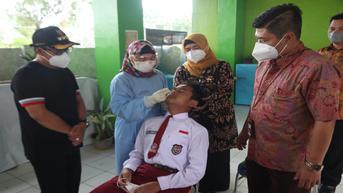 Cegah Klaster Covid-19, Siswa SD dan SMP di Malang Rutin Diswab Selama PTM