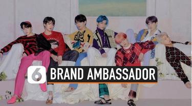 Salah satu e-commerce terbesar di Indonesia, Tokopedia menggandeng BTS jadi brand ambassadornya. Tokopedia secara resmi mengumumkan kabar tersebut melalui akun Instagram resmi mereka.
