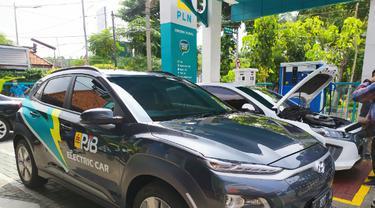 PT Perusahaan Listrik Negara (PLN) dan PT Pembangkitan Jawa Bali (PJB) memastikan laju perjalanan kendaraan mobil listrik aman bahan bakar. (Foto: Dok Istimewa)