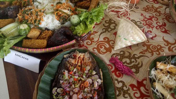 Sanubari Panas Bumi Sampireun Sajikan Makanan Khas Nusantara