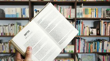 Ilustrasi perpustakaan. (dok. mohamed_hassan/Pixabay/Tri Ayu Lutfiani)