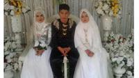 Tidak Bisa Memilih Pacar yang Akan Dinikahi, Pria Ini Menikah dengan 2 Wanita Sekaligus (World of Buzz)