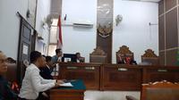 Ditangkap diduga terkait judi online, pakar IT gugat praperadilan Polda Metro Jaya.