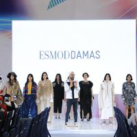 Hari kedua Fimela Fest 2018 digelar, Esmod Jakarta menghadirkan busana street style dengan tema Urban Sport (Foto: Fimela.com)