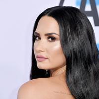 Demi Lovato terus mengulang kesalahan yang disadarinya, hingga ia merasa jijik dengan dirinya sendiri. (AFP)