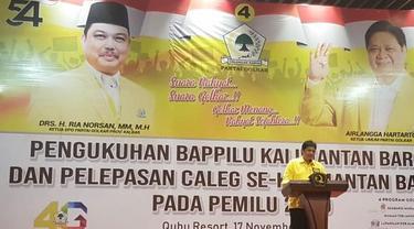 Ketua Umum Partai golkar Airlangga Hartarto di Kalimantan Barat. ©2018 Merdeka.com