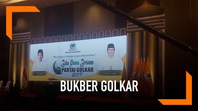 Partai Golkar menghelat buka puasa bersama bersama Presiden Republik Indonesia Joko Widodo dan Wakil Presiden Jusuf Kalla di Hotel Sultan Jakarta.