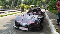 Mobil listrik Lowo Ireng produksi dari Institut Teknologi Sepuluh Nopember (ITS).(Liputan6.com/ Ika Defianti)