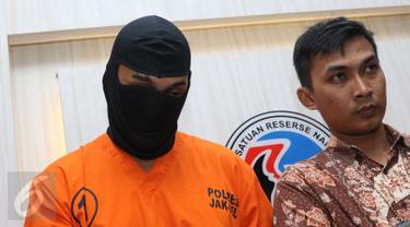 20160603-Aktor Restu Sinaga di Kantor Polisi-Jakarta