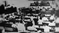 Persidangan resmi BPUPKI yang kedua pada tanggal 10 Juli-14 Juli 1945 (Sumber: Wikipedia)